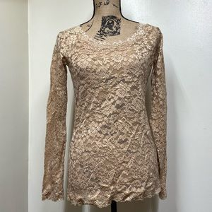 Moda International Lace Top with Scalloped neck/c